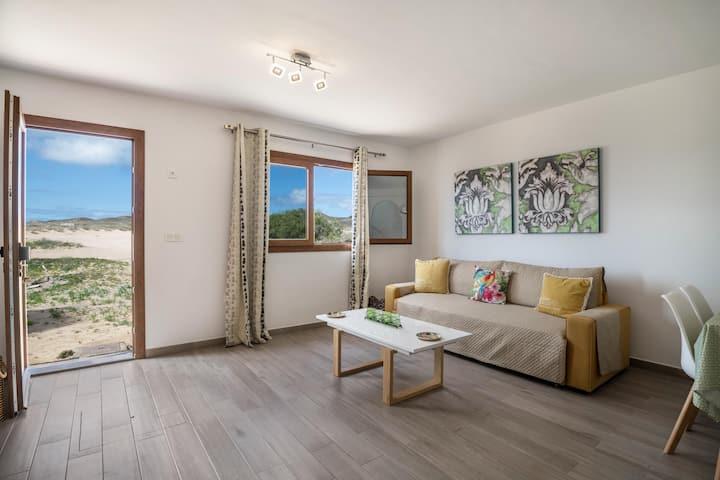 "Cozy ""Apartamento Cuesta del Salado II"" close to the Beach with Mountain View, Wi-Fi & Terrace"