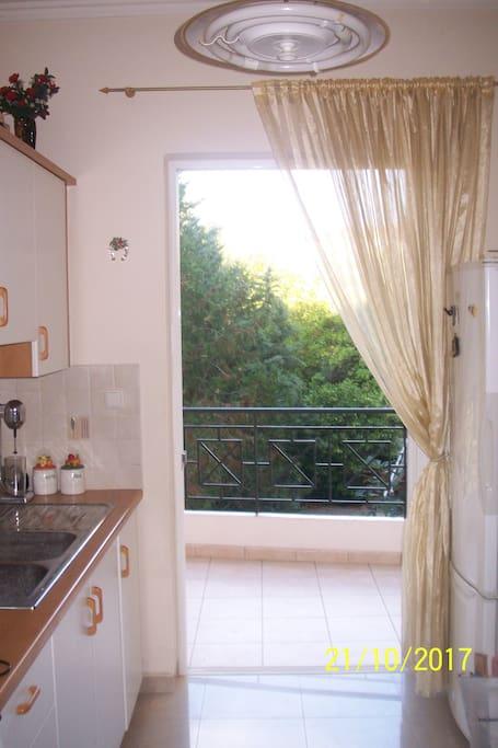 Κουζίνα με θέα
