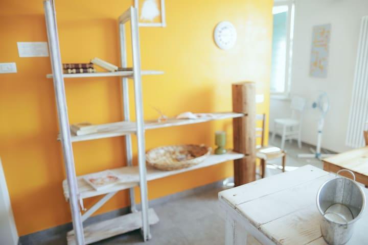 Appartamento Giallo Zucca / Giallo Zucca Apartment