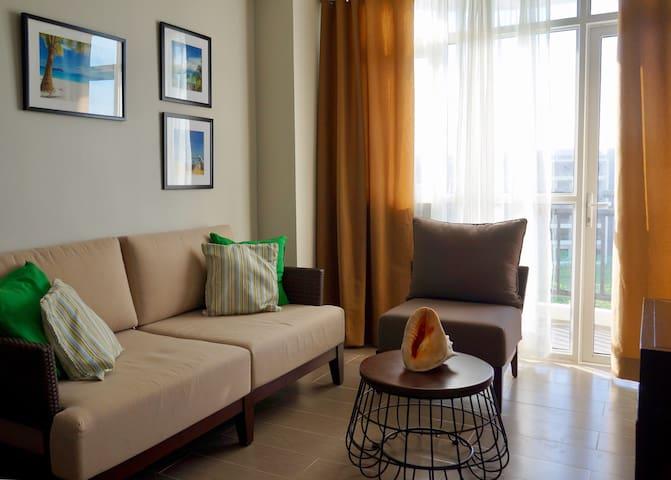 One Bedroom Exclusive Residence - Malay - Condominium