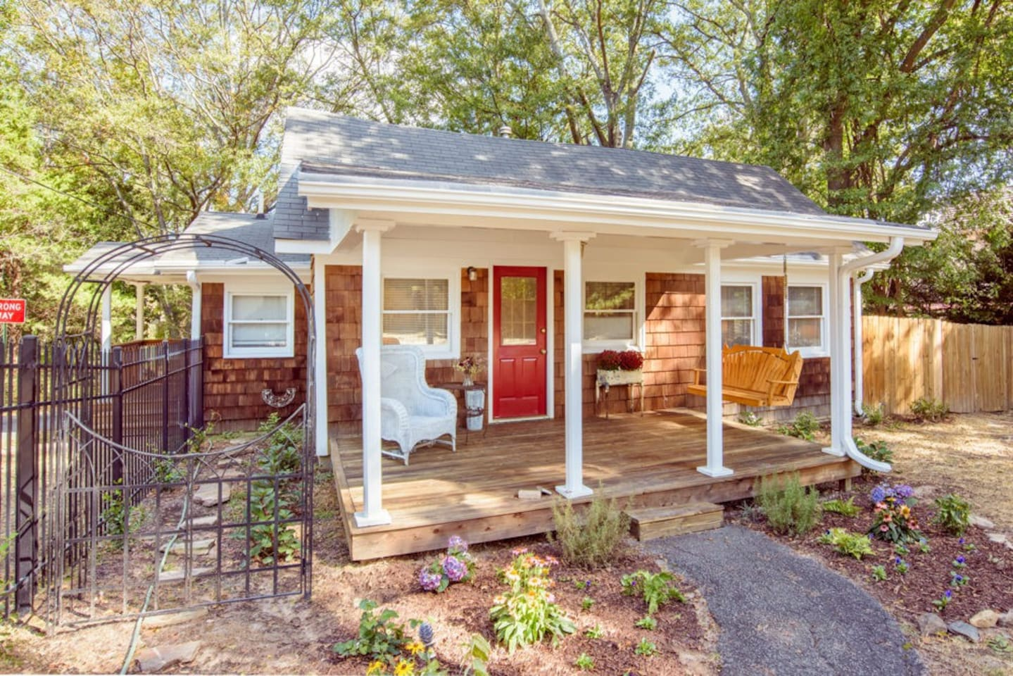 COOKS COTTAGE -  BUILT IN 1902 -  THIS RENOVATED HISTORIC COTTAGE IS LOCATED WITHIN EASY WALKING DISTANCE TO DOWNTOWN HISTORIC NORCROSS.