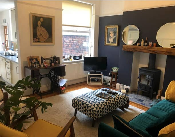 Master bed - 3 bed house Chorlton, great location.