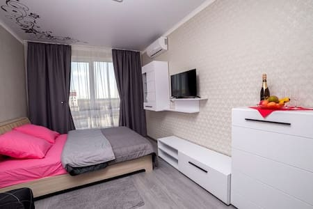 "New appartment""SAKURA""near airport Kiev(Zhuliany)"