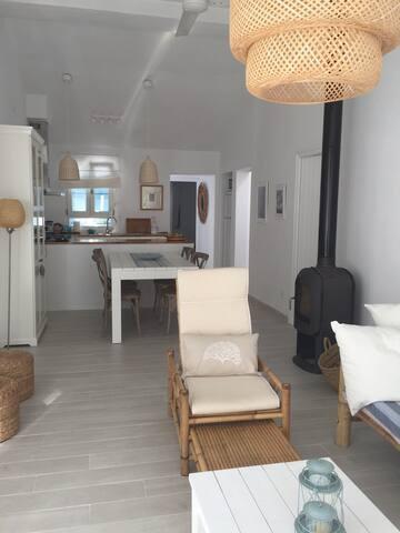 Salón-comedor-cocina, un solo ambiente