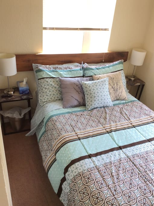 Full XL size bedroom with TV