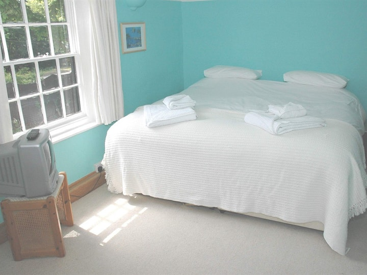 Stansted 4 gold star bed and breakfast