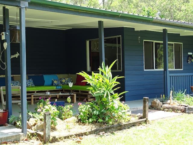 creekfarmhouse: Discount offered for 5 nights +.