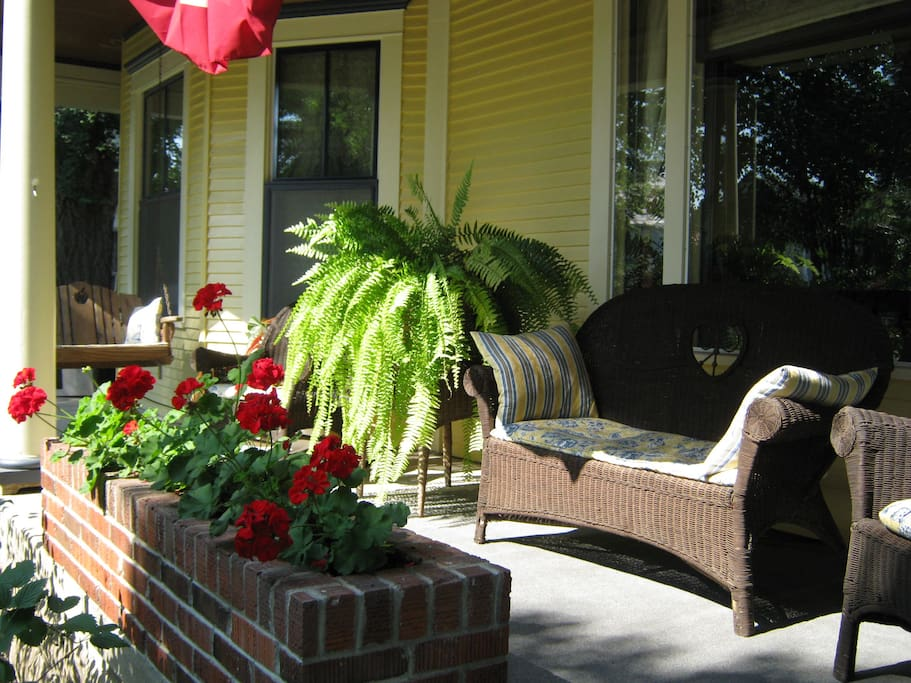 Harkins House Bed And Breakfast Caldwell Ohio