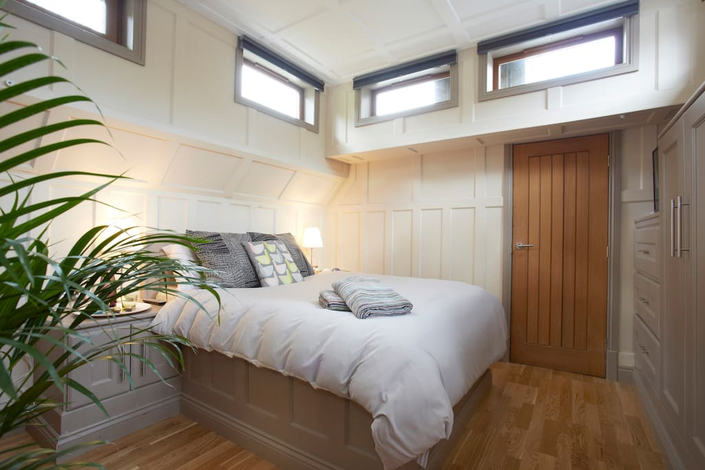 The WHARFE Room. 1 of 3 bedrooms on board.