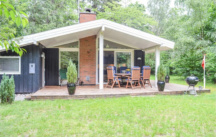 Holiday cottage with 3 bedrooms on 88m² in Gilleleje