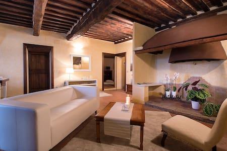 La Signoria 1212 Apartment - Monteriggioni - Huoneisto
