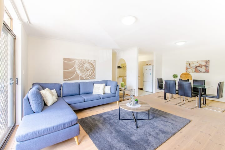 Spacious and tidy,  just metres to Toowong Village