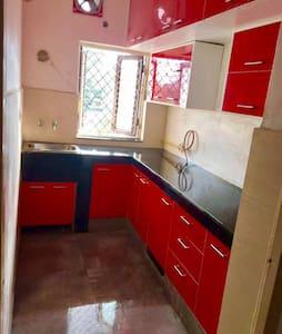 Sweet & Simple Home @ Sector 28 in Faridabad - Faridabad