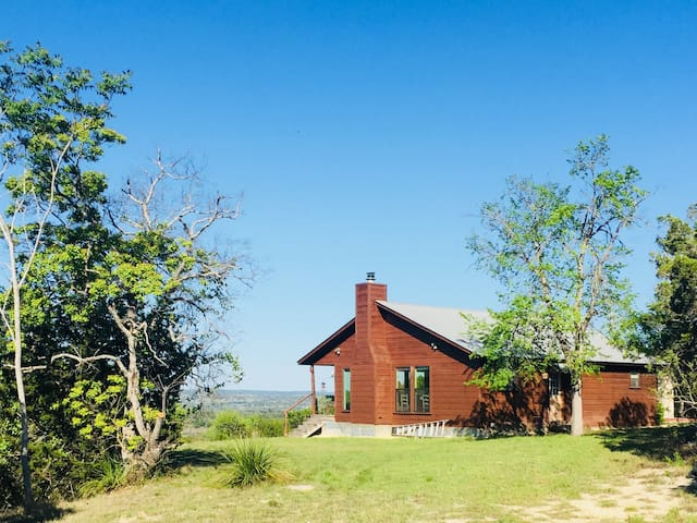 Ranch Retreat, Secluded, Views, Winery, Wildlife.