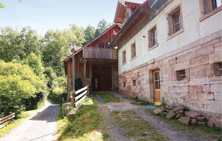 Holiday cottage with 4 bedrooms on 120 m² in Kulmbach