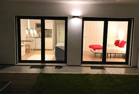 Bel appartement d'une chambre à 9 km de l'aéroport de Lisbonne