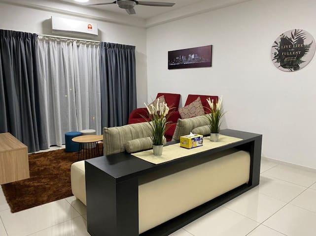 Triple Roses Homestay at Emira Residence