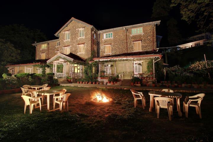 Fairhavens - Heritage Hotel - Nainital - Heritage-Hotel (Indien)