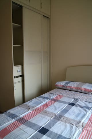 惠州十里银滩度假公寓3房(特色:3套房一起,另二套2房3房,共8房) - 惠东