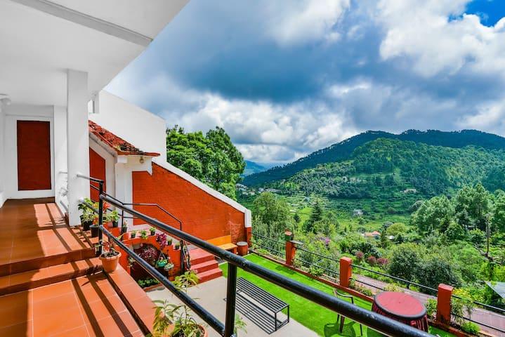 Bhowali Homestay, Bhimtal Rd, Bhowali Nainital.