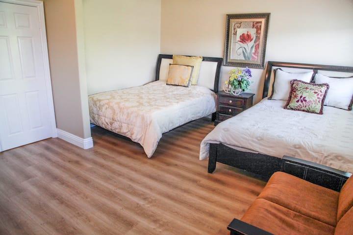 Beautiful big master bedroom