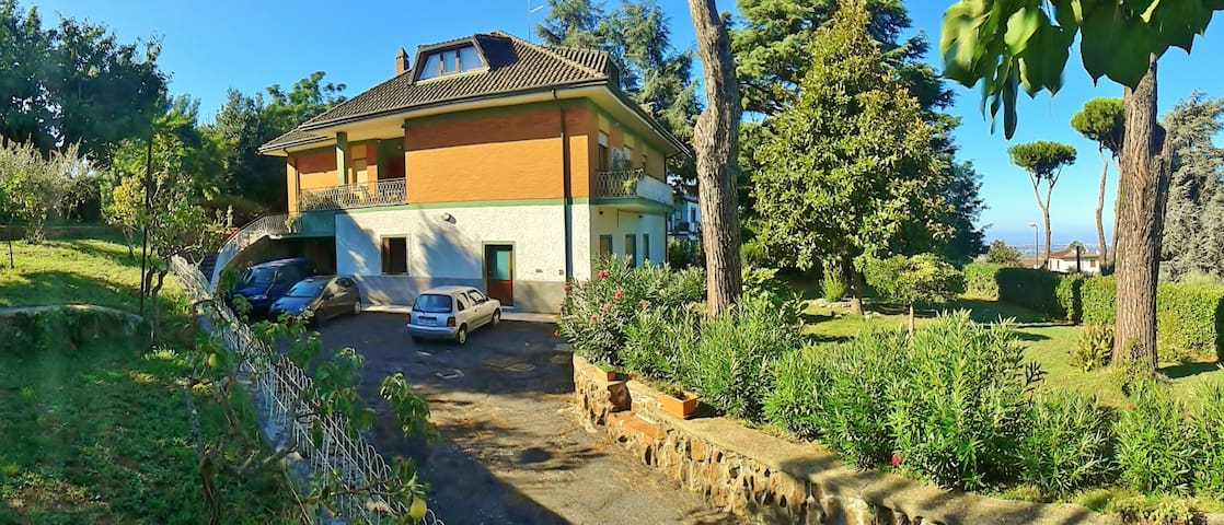 ideal for families or group friends - Ariccia - Apartament