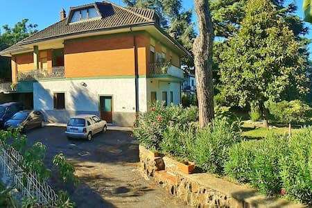 ideal for families or group friends - Ariccia