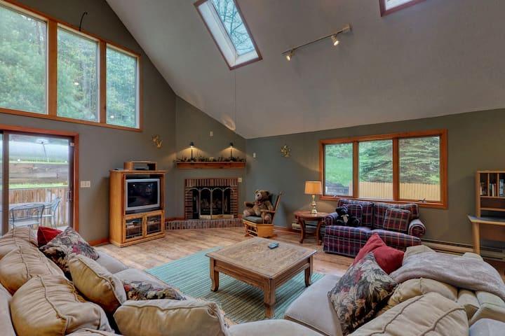 Dog-friendly Deep Creek home w/ private hot tub, foosball table, & free WiFi!