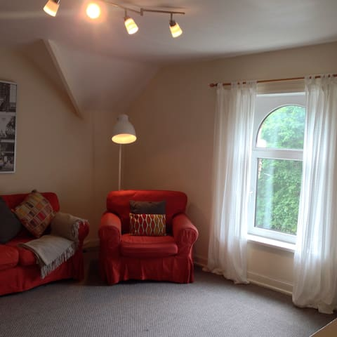 Sitting room with view of the park opposite