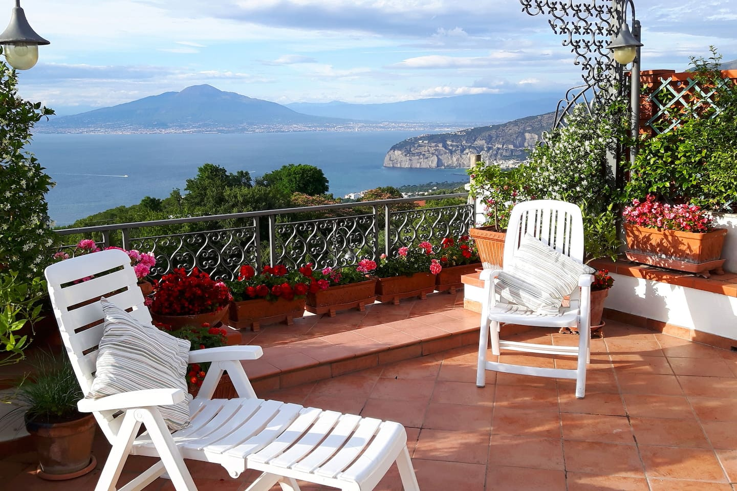 terrace with Sorrento Bay view