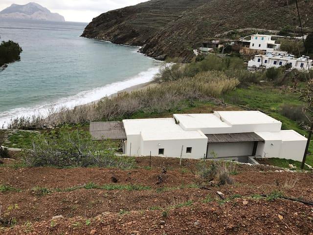 ΠΕΤΡΑΔΙ-ΑΜΕΘΥΣΤΟΣ - Aegiali - Οικολογικό κατάλυμα