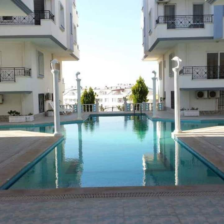 Blue Hill 2 bedroom Apartment (sleeps 6) in Didim