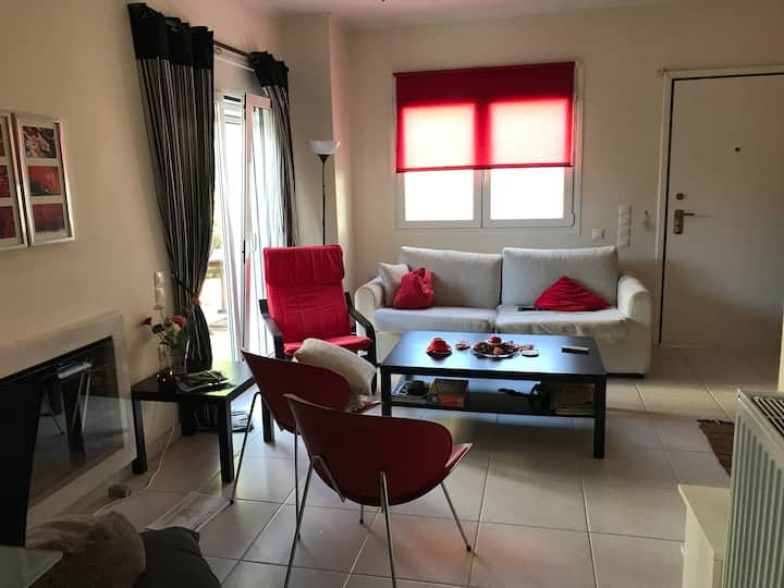 Maisonette in Markopoulo near AthAirport & beaches