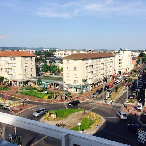 T2 près de Paris, bien situé