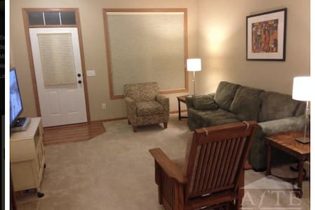 Ryder Cup Townhome close to Hazeltine Golf Course - Chanhassen