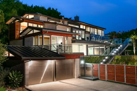 MILL VALLEY MODERN - Mill Valley - Pis