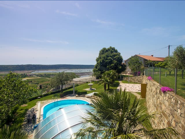Two bedroom apartment with swimming pool - Parecag - Leilighet