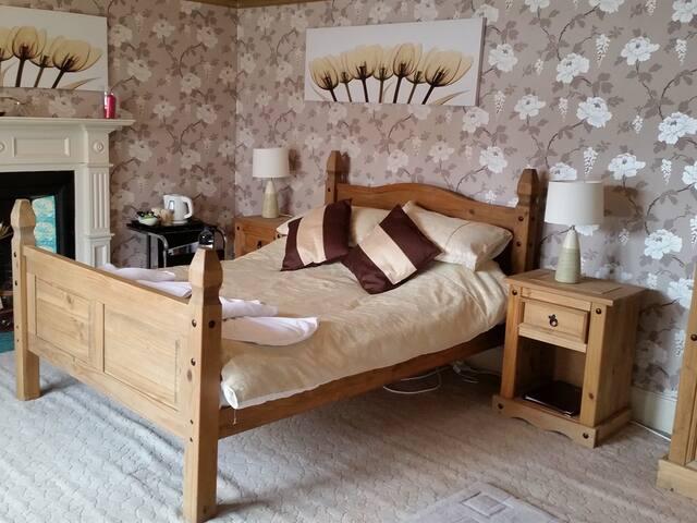 Double room , viewbank