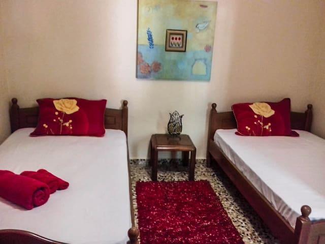 Υπνοδωμάτιο 2, ημίδιπλα κρεβάτια 2