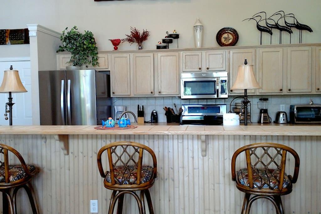 Lovely fully stocked kitchen