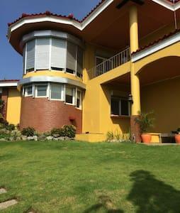 Mediterranean Style Villa - Binangonan - Talo