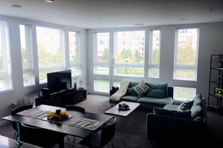 Luxury 1 bedroom near Manhattan - Secaucus