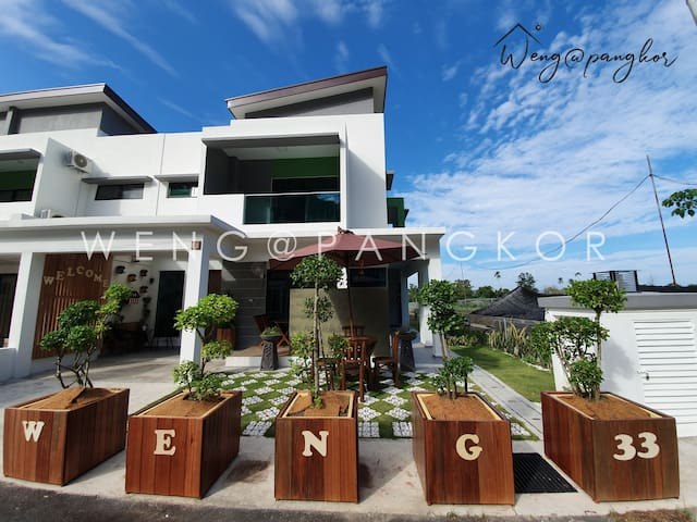 CORNER Family House Pangkor Island 5min to beach