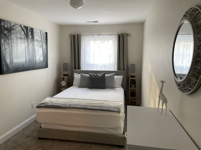 Bedroom 3 with a queen size bed is adjoining to the second floor bathroom.  A second en-suite.