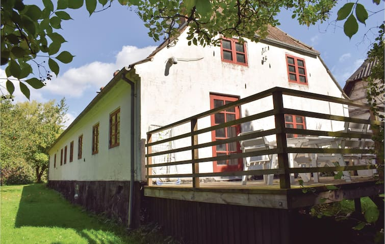 Holiday apartment with 2 bedrooms on 60 m² in Tranekær