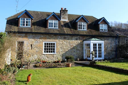 B&B in a picturesque converted barn - Freshwater