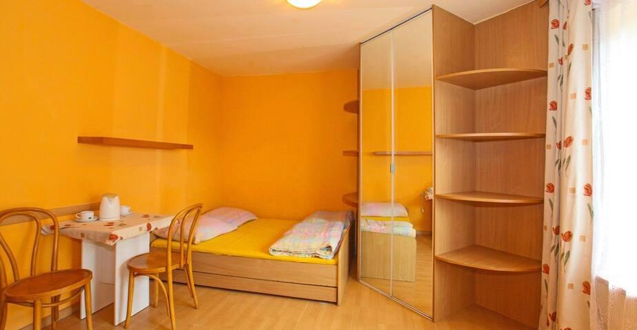 Pokój/ room nr 4 w Sianożętach