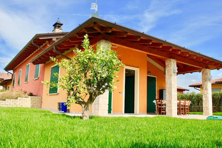 Luxurous little house at the Garda Lake