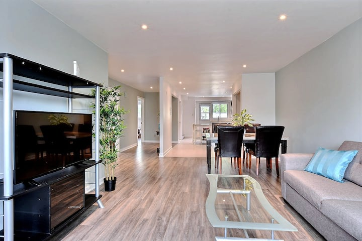 Free Parking - Very nice 3BR apartment!