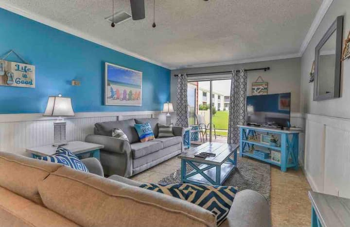 TradeWinds 20-BEACHFRONT 1Bd/1B GROUND FLOOR